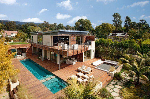 Terrasse anlegen Lächenholz Pool Bereich Outdoor Sommer Garten - terrasse aus holz gestalten gemutlichen ausenbereich