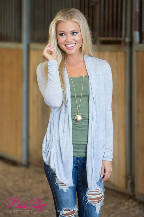 b3d6ff6a2a0 This lightweight cardigan is so perfect for those crazy days between summer  and fall! It s warm enough to keep away a chill