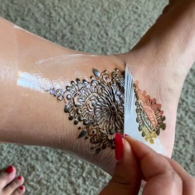 Henna Tattoo Aftercare: Pin By Henna Courses On Feet Henna