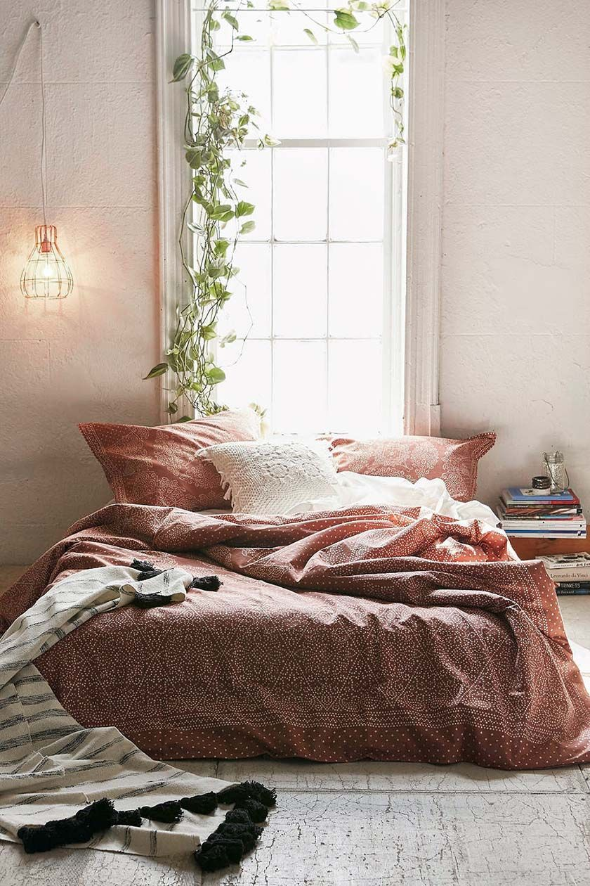 Decorating Tips For A Minimalist Bedroom, With Havenly | Parachute Blog