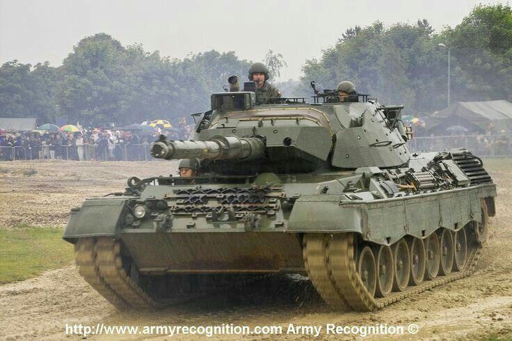 81ae60cac973 Leopard 1A3 MBT canadien Army