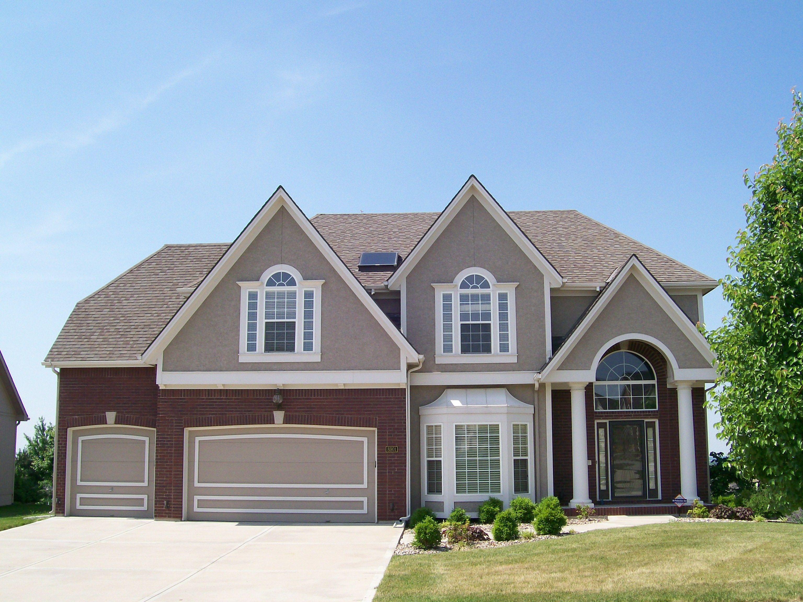 We Are Fortunate To Have Quality Builders And Beautiful Home Styles