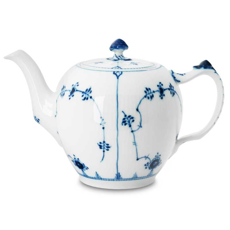 teapot large blue fluted plain royal copenhagen blue white pinterest royal copenhagen. Black Bedroom Furniture Sets. Home Design Ideas