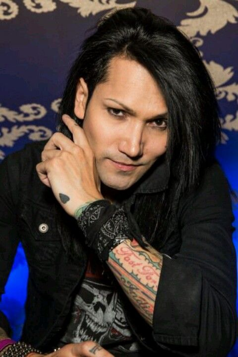 How tall is ashley purdy
