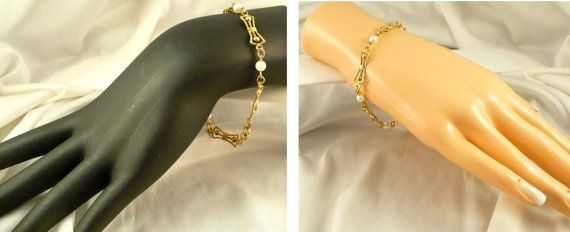 8 Inch Genuine Cultured Pearl Bracelet by MarlosMarvelousFinds