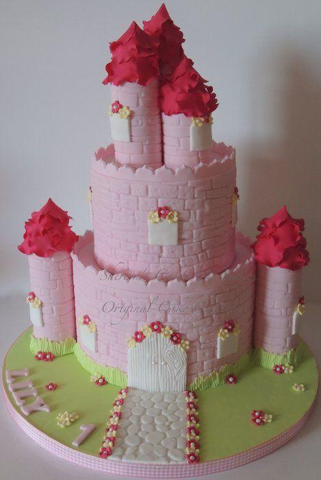 pink castle by shereenscakes cakesdecorcom cake decorating website