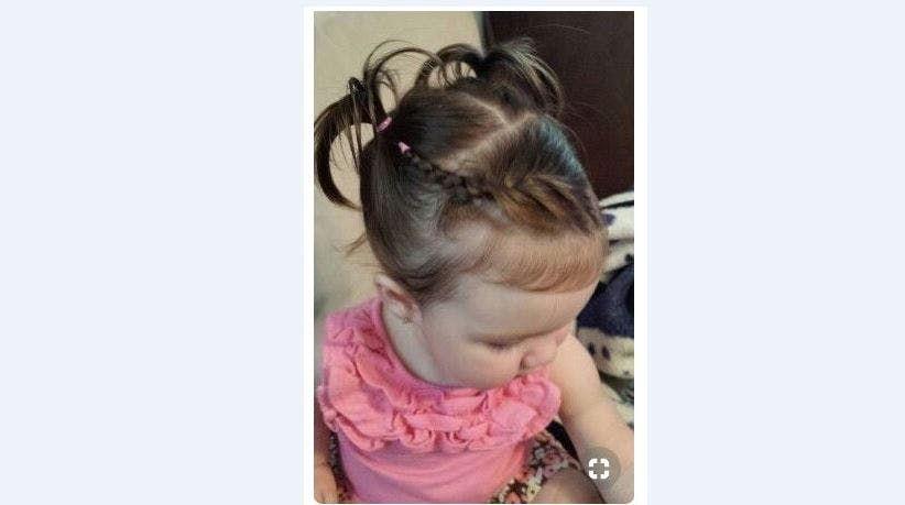 Idées de coiffures pour bébé aux cheveux courts