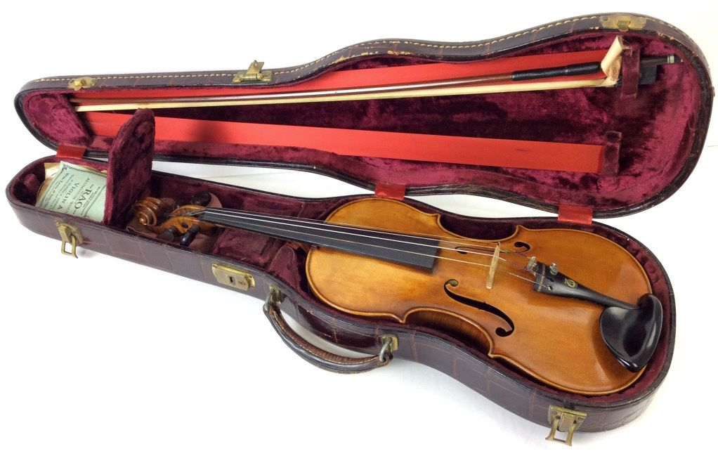 violin bow and case sold 600 ej 39 s auction realized prices violin music instruments auction. Black Bedroom Furniture Sets. Home Design Ideas