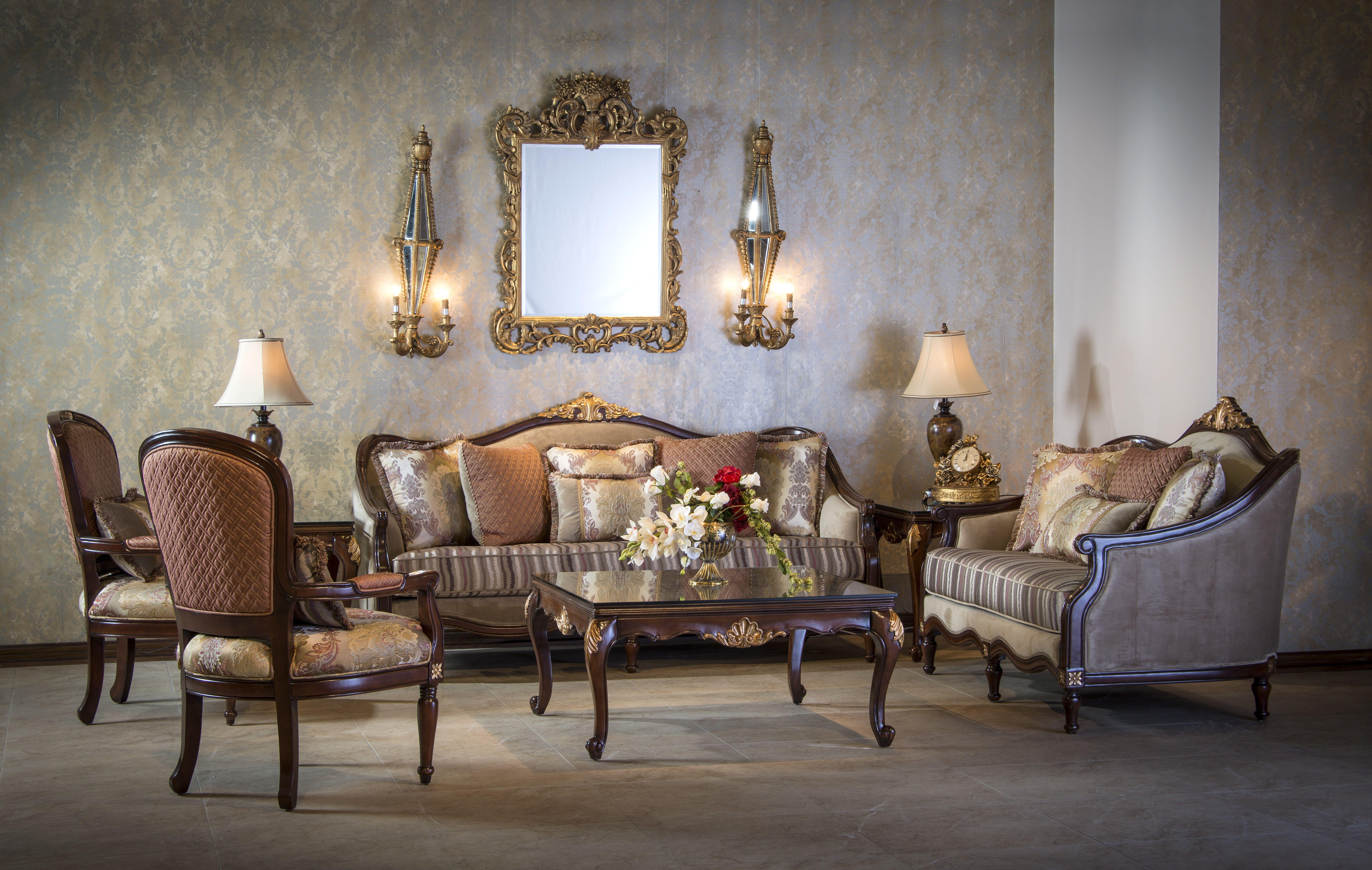غرفة الضيوف تعتبر الواجهة الأمامية والأولى التي تسرق نظر ضيوف جمال بيتك سيدتي أثاث ميداس Luxury Living Room Furniture Room Interior Design