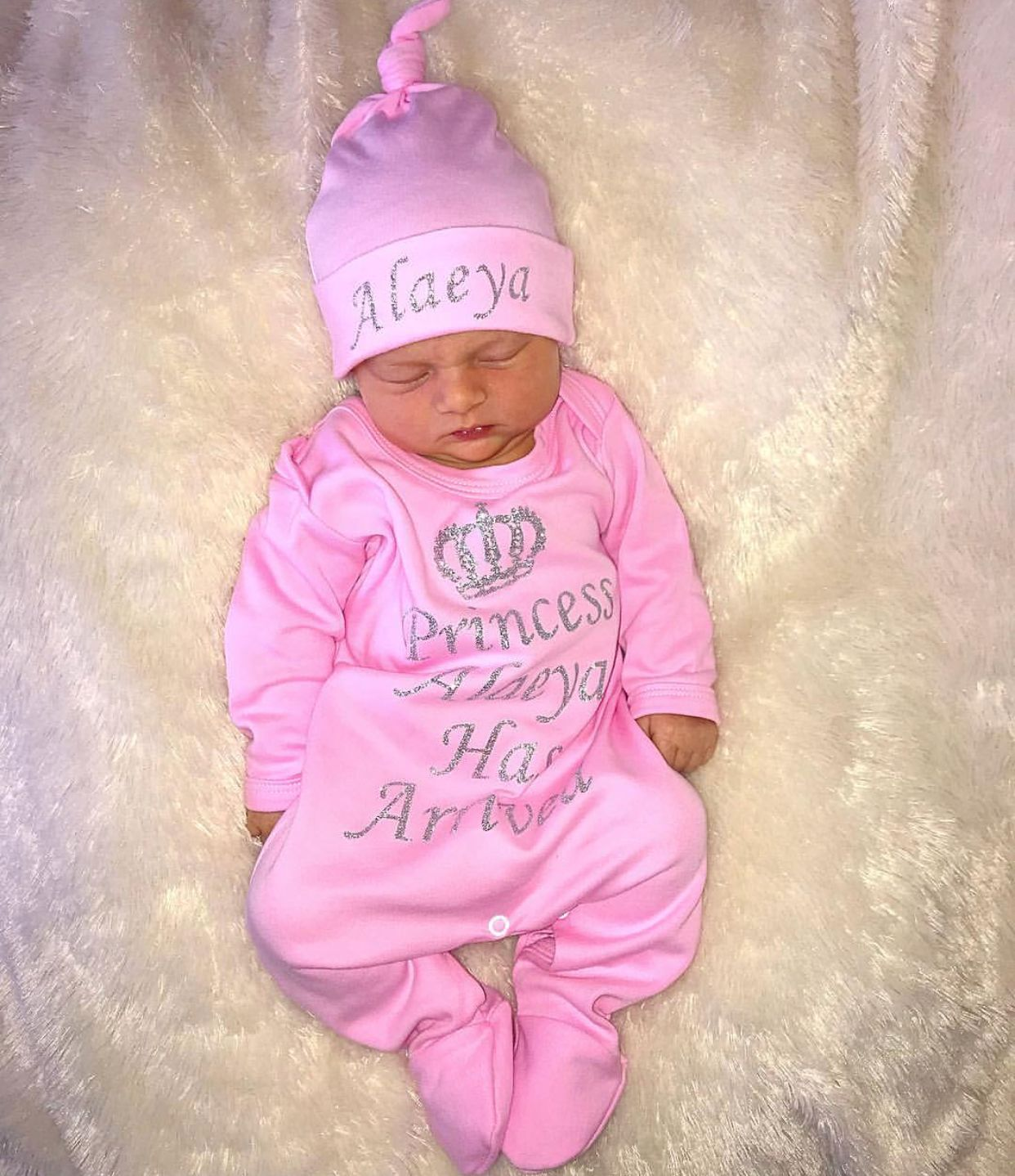 Our adorable personalised baby grows feature a royal ...