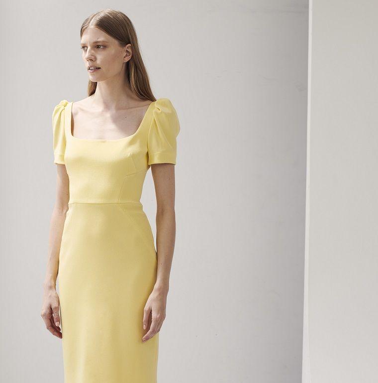 best loved 000e0 d8d2d Abiti da cerimonia lunghi e un vestito di colore giallo con ...
