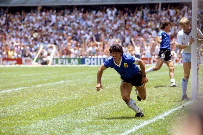 Maradona Retro Pics Maradonapics Soccer World Diego Maradona World Cup