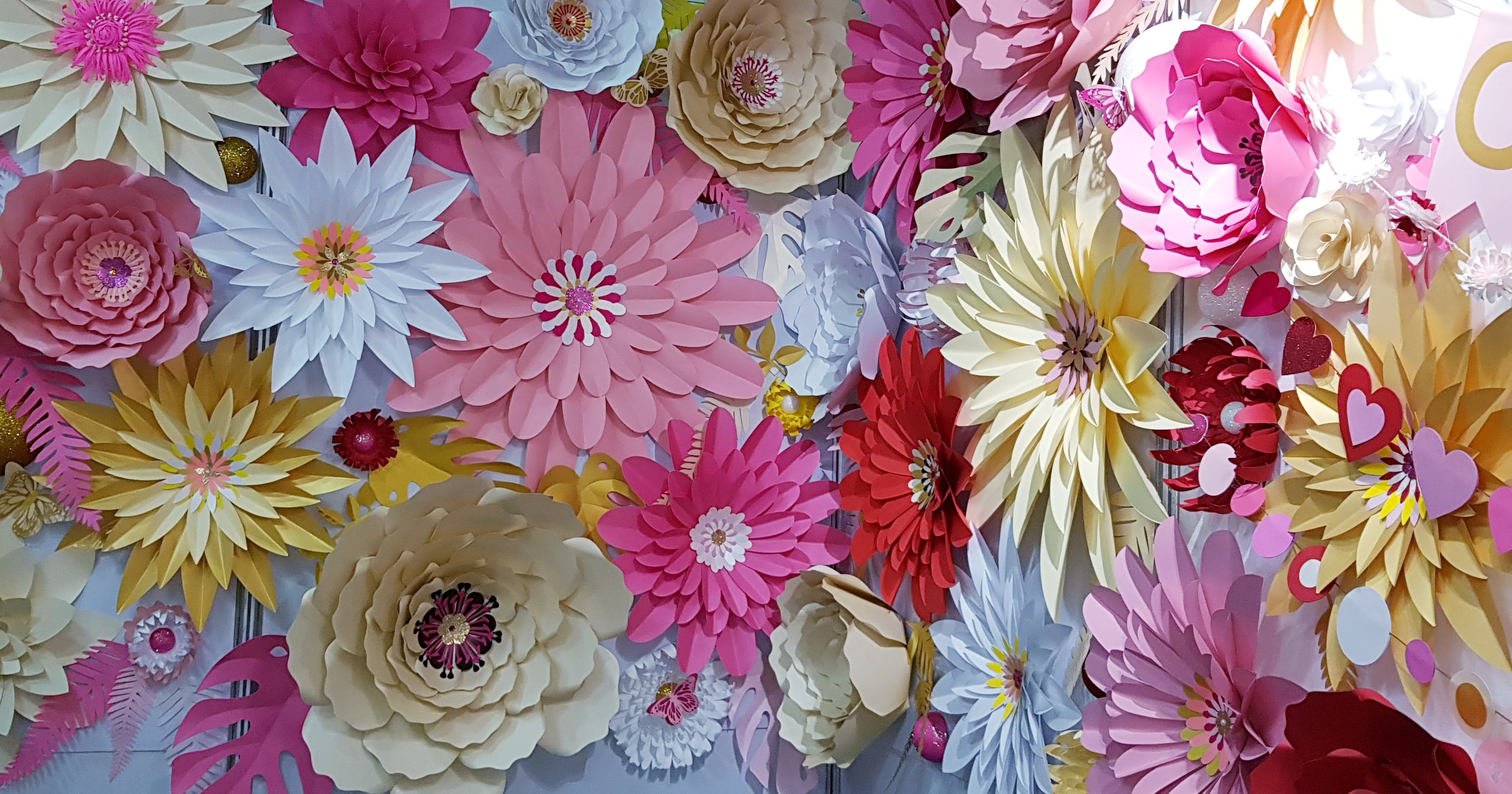 Paper Flower Display Wall As A Backdrop Photowall For An Event Www