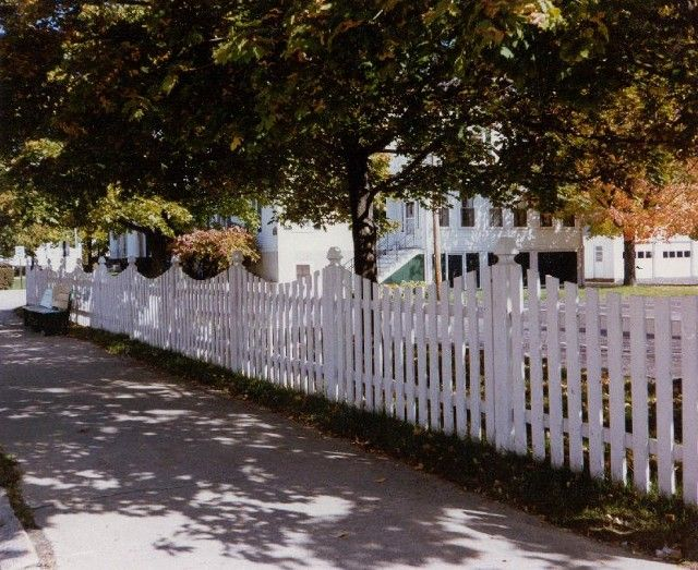 Picket Fencing - Ron Forest \ Sons Fence Company - Scarborough, ME