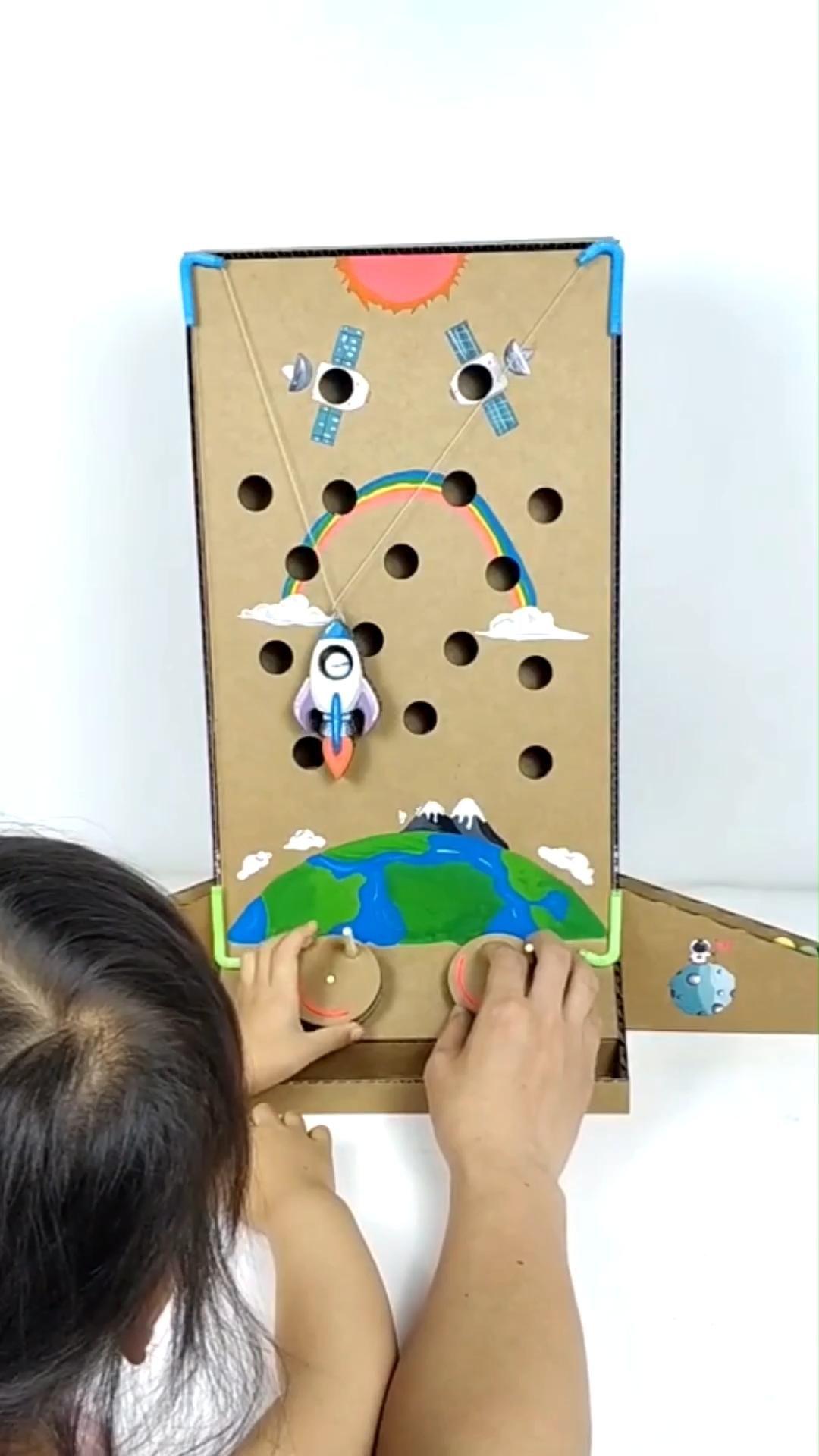 Space travel DIY cardboard toy