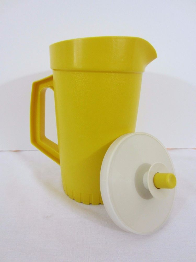 Vintage Tupperware Yellow Juice Pitcher 874 Clean Water