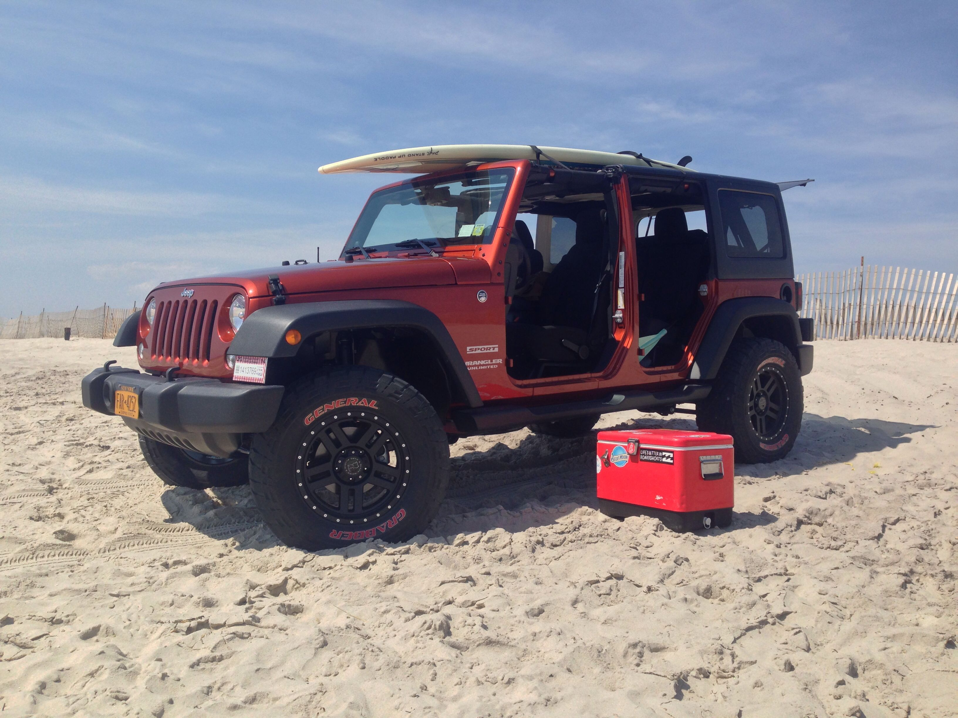 My Jeep At The Beach No Doors Islandlife Jeep Wrangler Jeep Suv