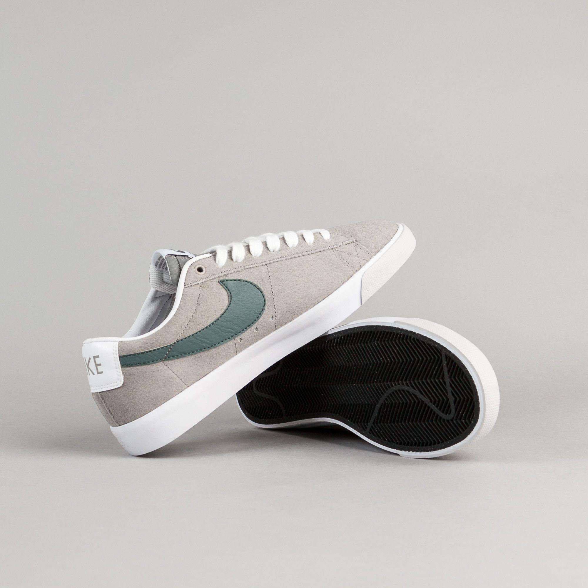 Nike SB Blazer Low GT Shoes - Dust / Hasta - White - Pure Platinum