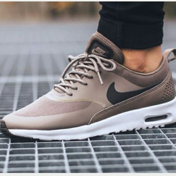 nike air max thea storm color