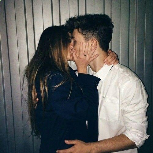 Cute tumblr couples kissing