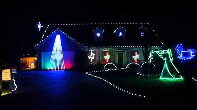 70 Christmas Light Ideas for Decorating Your Home | Christmas lights ...