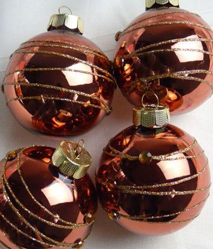 weihnachtskugeln im trend look christmas ornaments. Black Bedroom Furniture Sets. Home Design Ideas