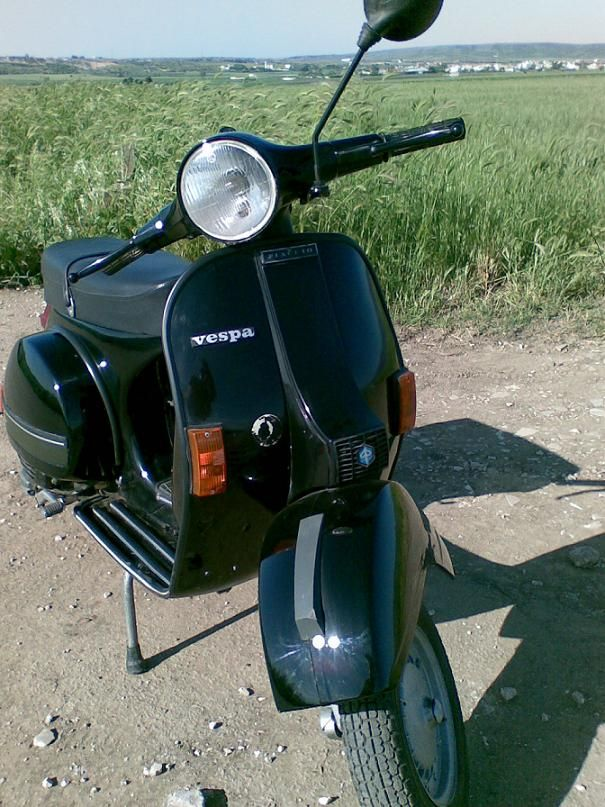Vespa PX 125, anno 1982 mine was not this clean but probably just as fun
