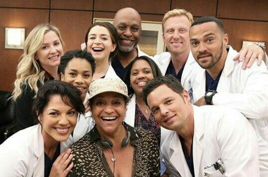 Squad goals af. Also, can we appreciate the beauty that is Sara Ramirez & Jessica Capshaw?