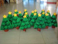 Kreattiva Lavoretti Di Natale.Alberi Di Natale Con Contenitori Delle Uova Natale Artigianato Kids Crafts Bambini Artigianato Di Natale