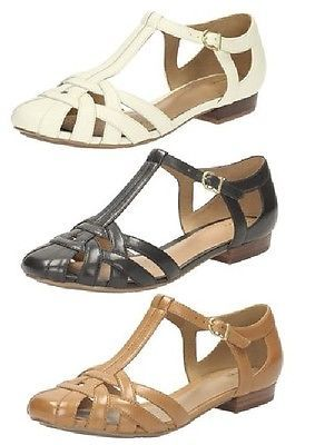c338eb6cc293 LADIES-CLARKS-LEATHER-WOVEN-STRAPPY-T-BAR-CLOSED-IN-SANDALS-SHOES -HENDERSON-LUCK
