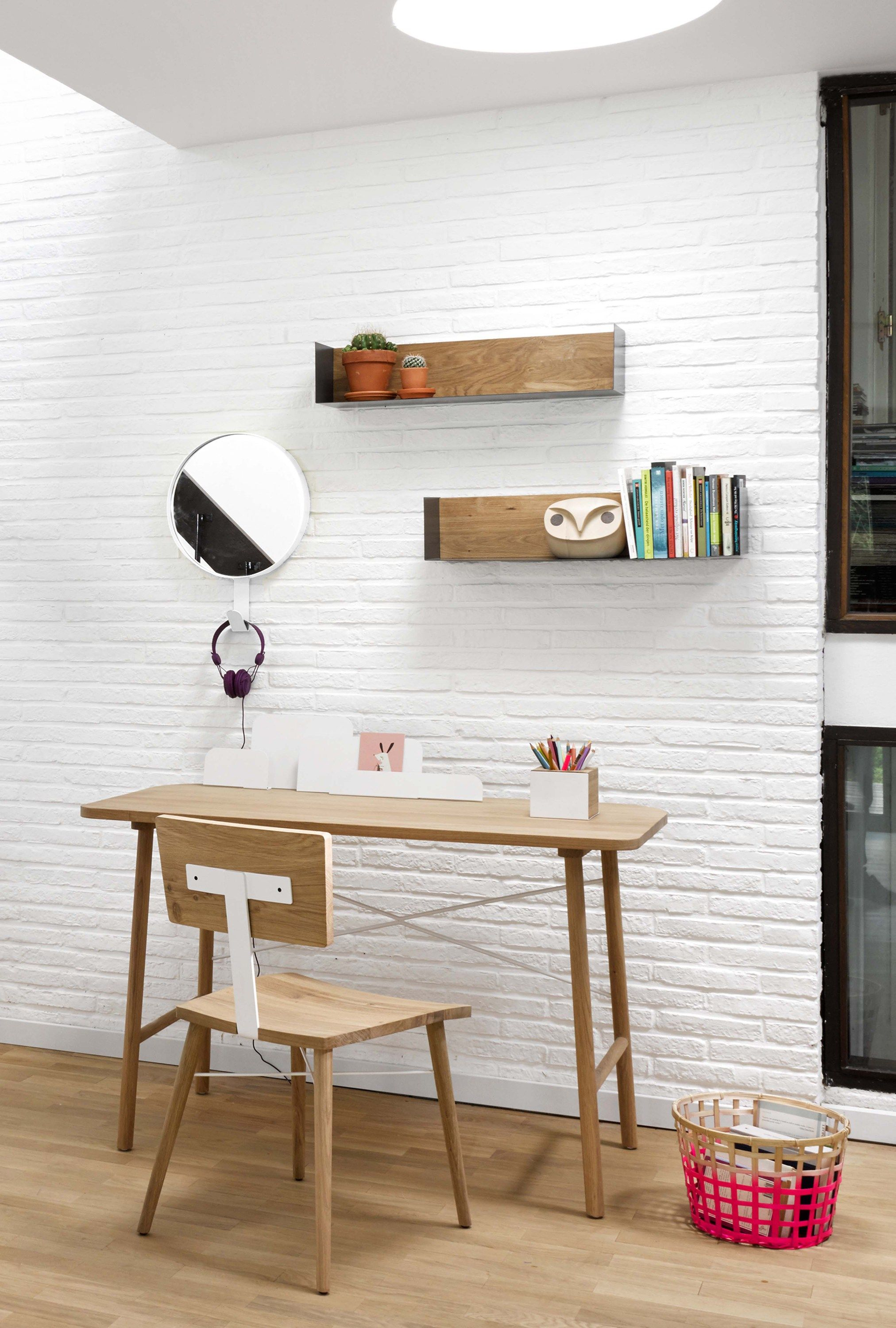 Mensole Da Scrivania Mensola In Metallo E Rovere U Shelf By Universo Positivo Design