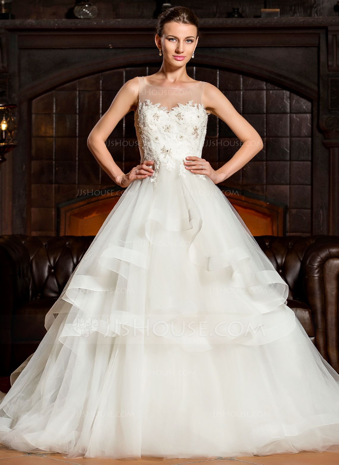[US 366.00] BallGown Scoop Neck Cathedral Train Tulle
