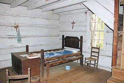 Inside Cabin In Callaway Gardens Rustic Cabin Cabin Home