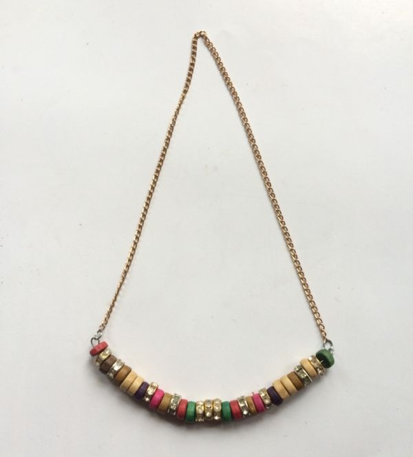 This is a super easy to make beaded necklace tutorial. The materials used in this project are very easy to find and they don't really cost much. You can use lots of other colours and types of…