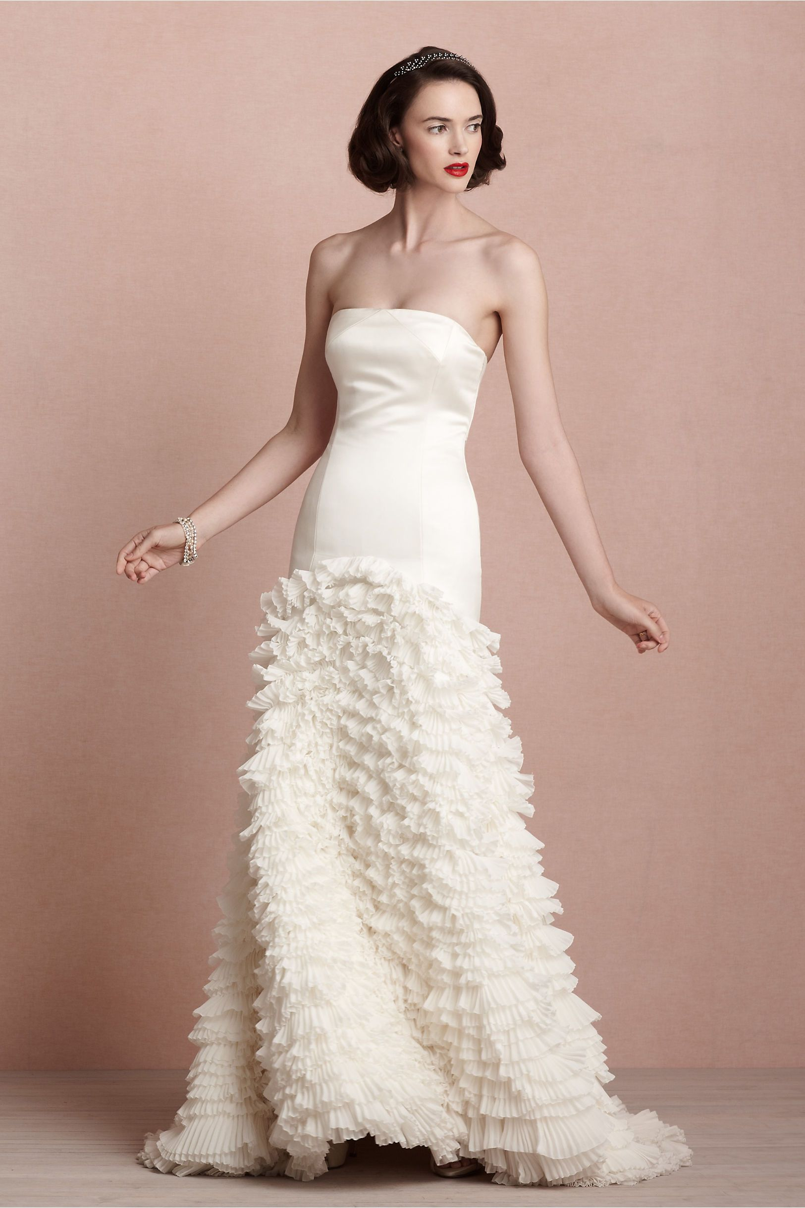Could one of my bride please wear this? Thank you! - Cascata Gown in ...