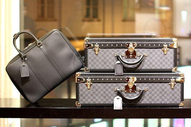 41bc8bd68a5d 10 Most Expensive Handbag Brands in the World  nicehandbagbrands ...