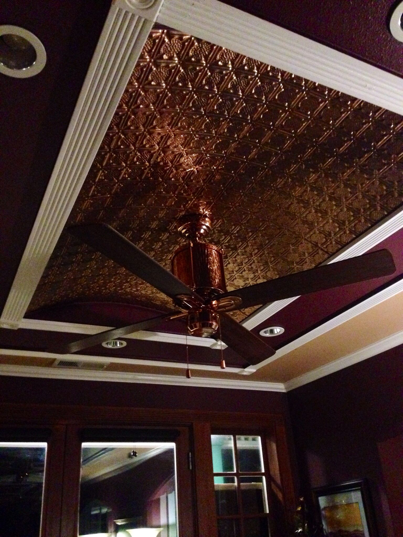 Copper Tiled Ceiling With A Copper Fan Something Like This Would Work Http Www Barnlightelectric Com Barn Vintage Ceiling Fans Tin Ceiling Design Ceiling