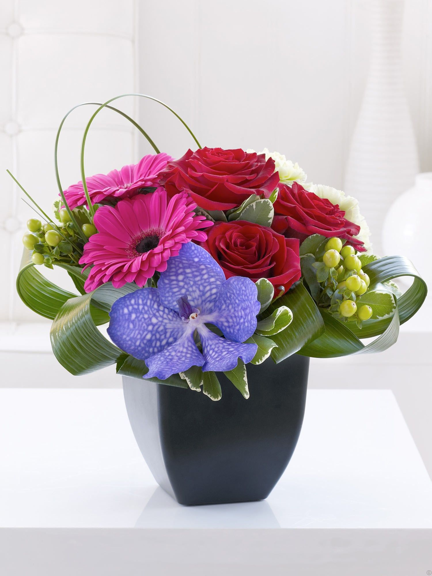 Rose gerbera and vanda orchid arrangement lifestyle collection rose gerbera and vanda orchid arrangement izmirmasajfo