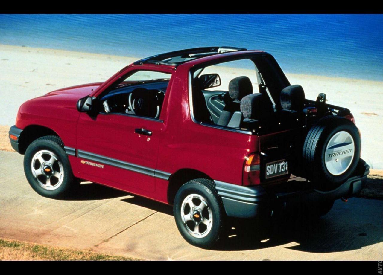 1999 Chevrolet Tracker Tracker Willys