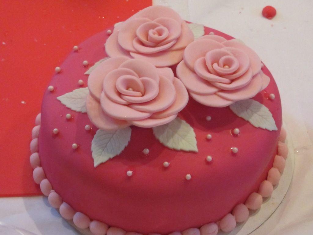 Taart decoratie google zoeken decoratie cake for Decoratie cupcakes