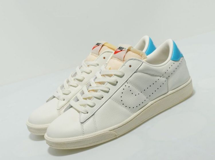 cheap for discount f3568 e24a4 Nike Tennis Classic  Vintage  sneakers