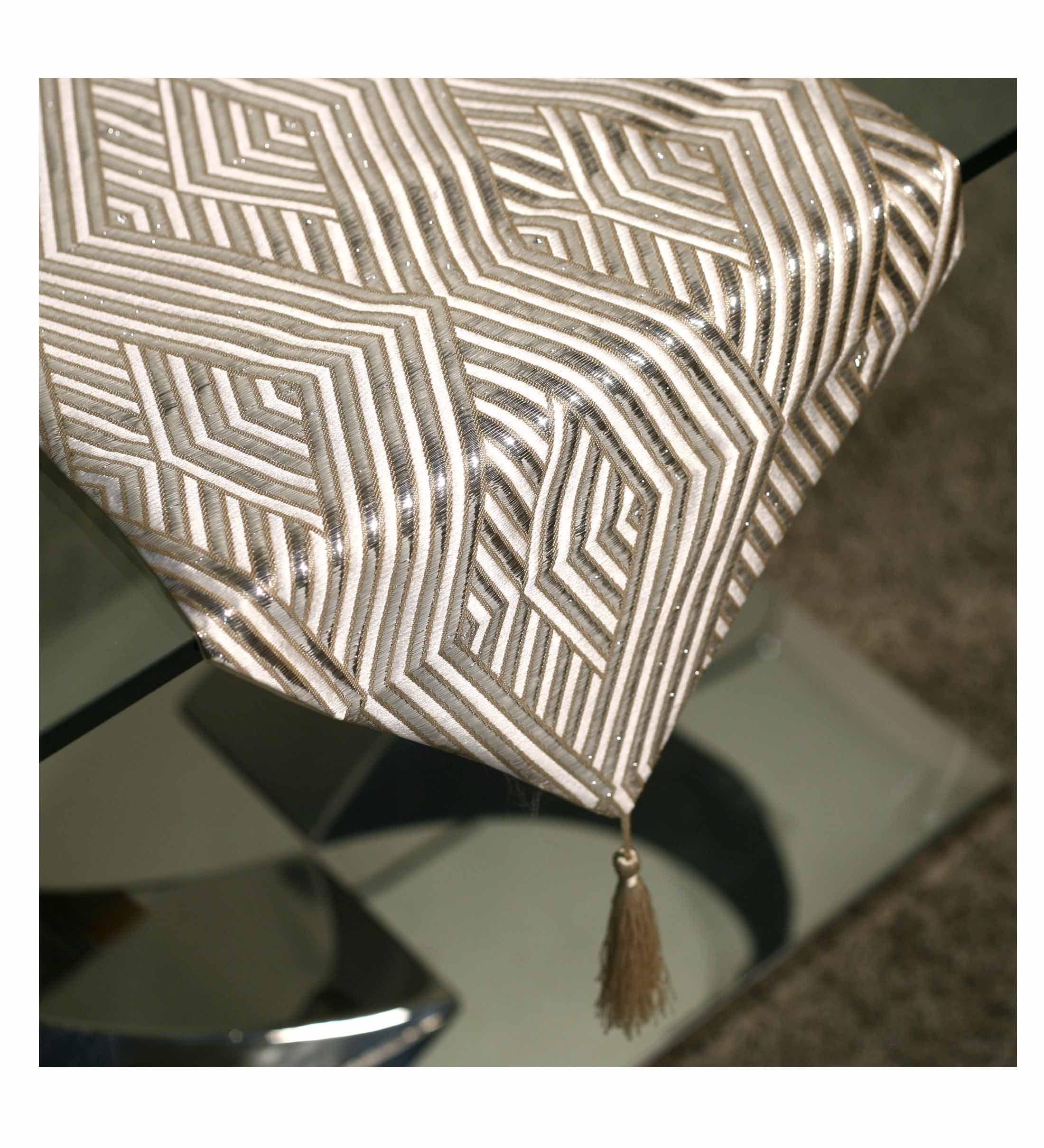 Producto 96636camino De Mesa Crema 33 180 Lineas Geometrico  # Caimana Muebles Y Decoracion