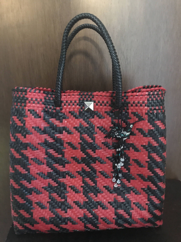 fb1c62b9b Pin de Sibila Galicia en bolsas de modq   Bags, Purses, bags y Purses
