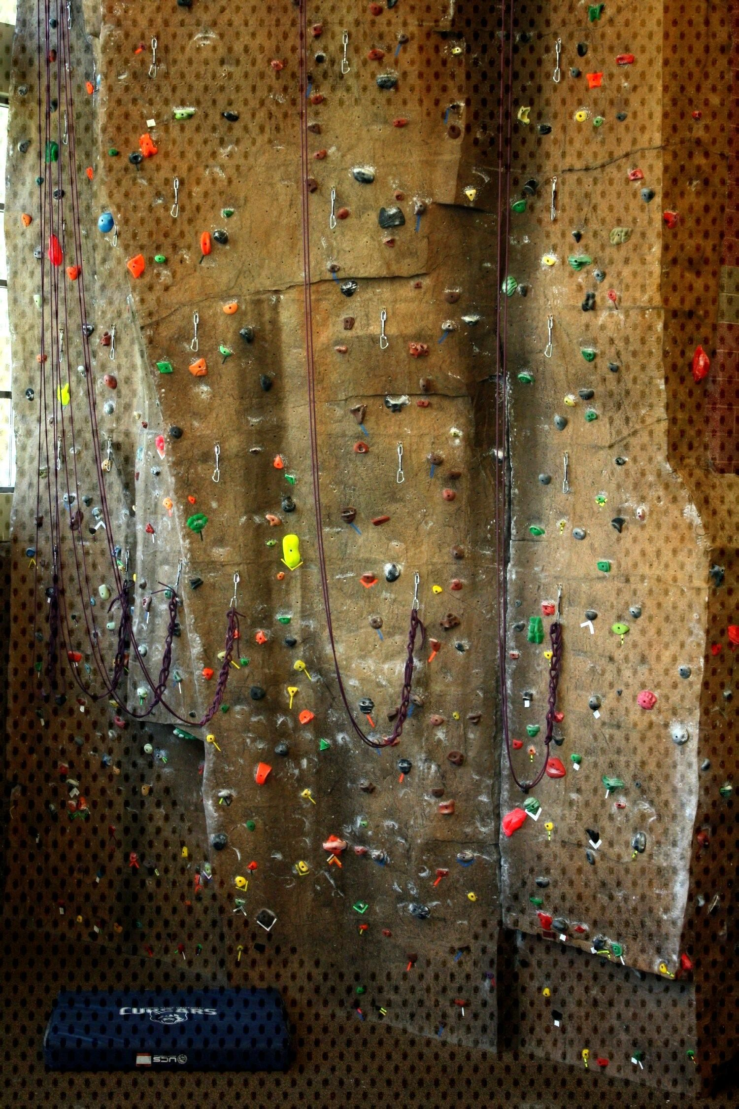 4 Simple Drills to Improve your Climbing Footwork - Seeking Exposure