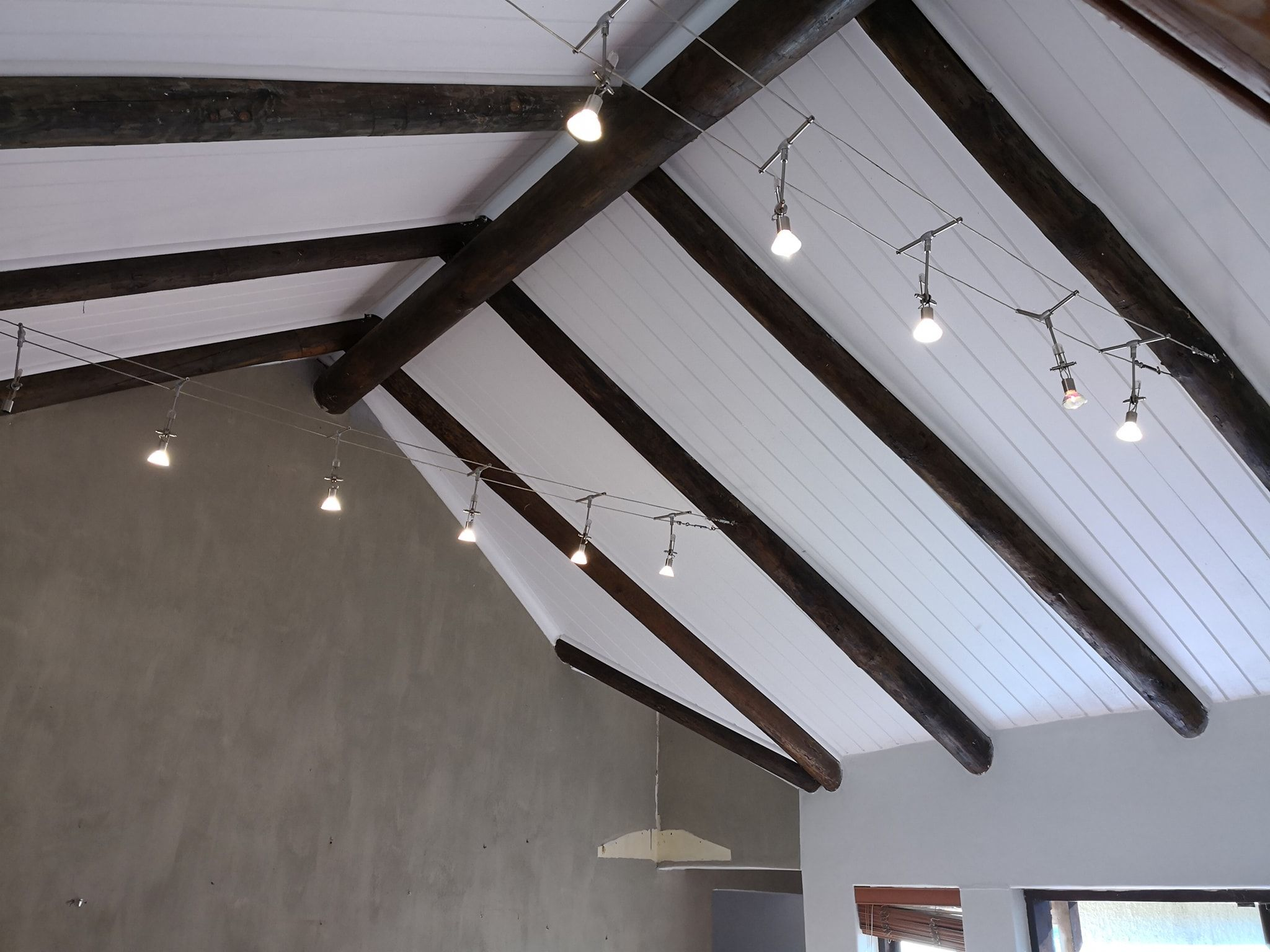 Isoboard Insulated Ceiling In A Tongue And Groove Finish Mimics The Look A Of Painted Pine Ceilin Exposed Ceilings Ceiling Design Thermal Insulation Materials
