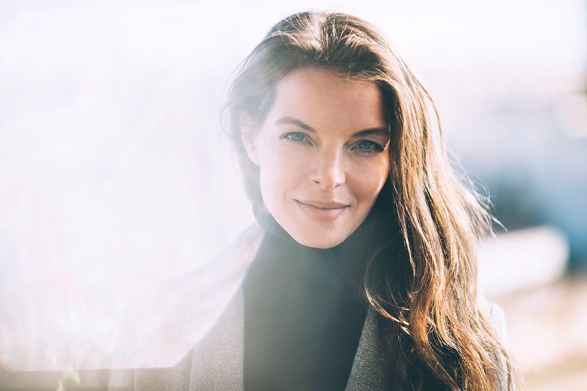 Yvonne Catterfeld Schlägt Leise Töne An Neues Akustik Video