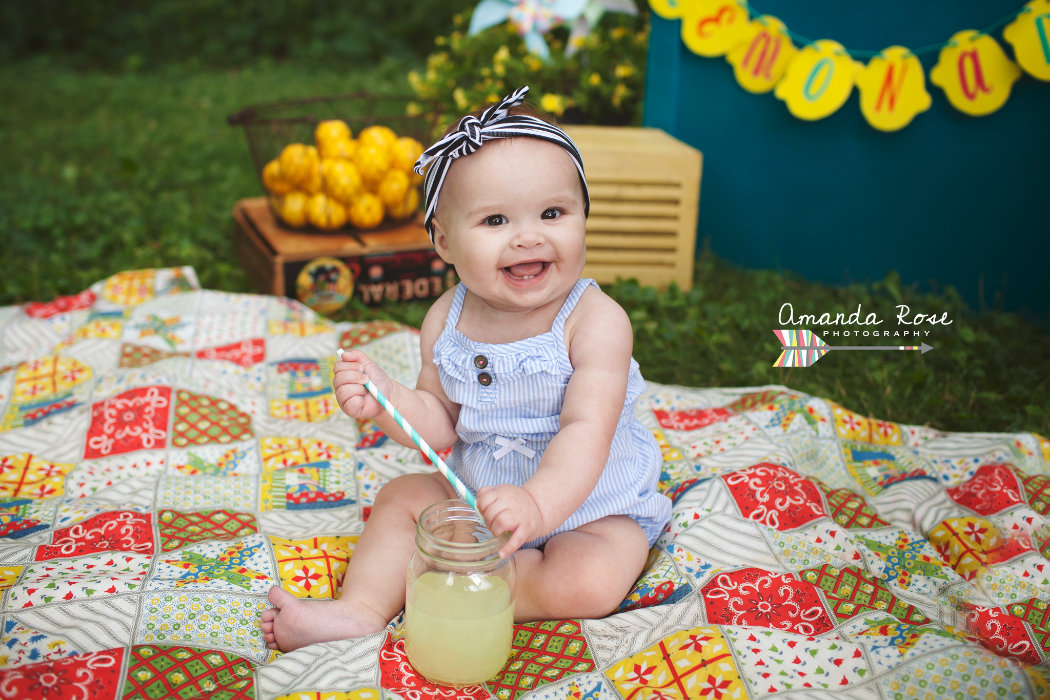 Lemonade Stand Session. Amanda Rose Photography, natural light photographer.  NWI Indiana, Valparaiso, IN.  Chicago.  Child photography.