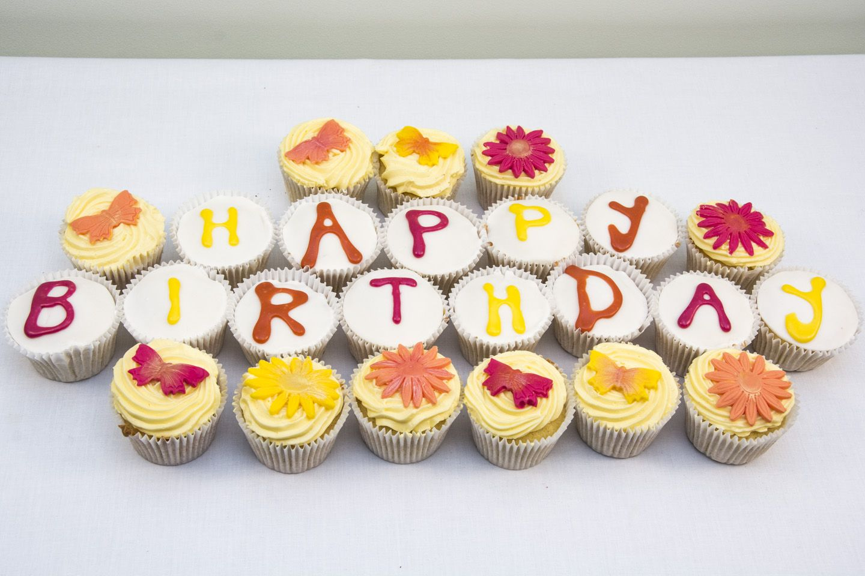 Exotic Birthday cupcakes