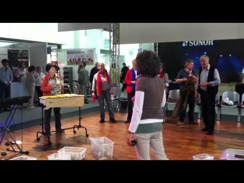 Musik mit Senioren - Orff-Satz zu Tschaikowsky - Kandert - YouTube