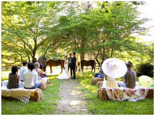 Ceremony Seating: Hay Bales For Your Wedding | Country weddings, Hay ...
